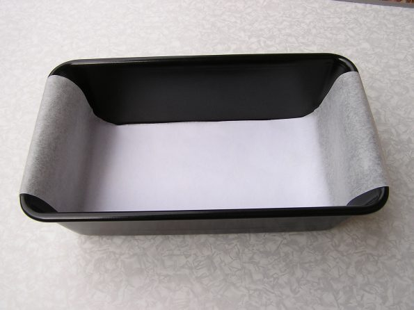 How to Line a Loaf Tin