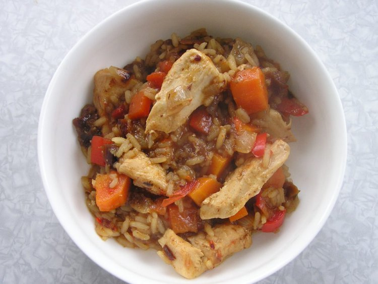 Chicken and Date One Pot