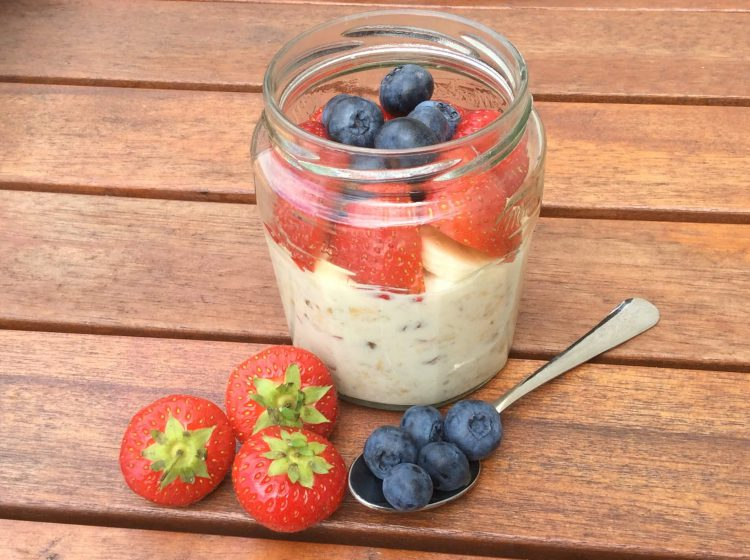 Super Easy Overnight Breakfast Oats - Eat Well for Less Recipes